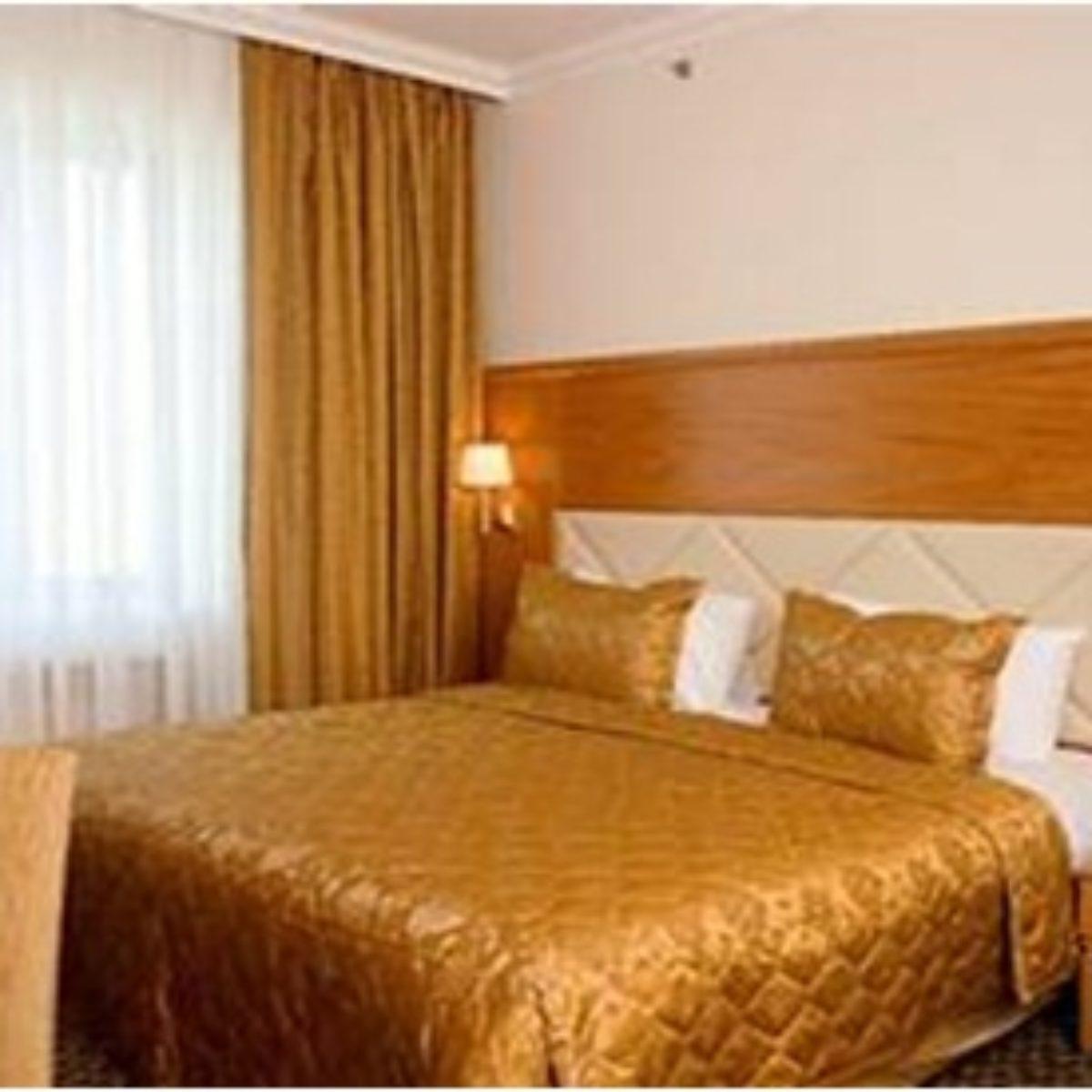 Milan Hotel Moskova